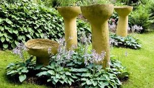 Umělecká zahrada v kopci