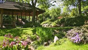 Romantický zahradní altánek
