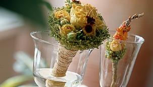 Výběru vázy věnujte náležitou pozornost