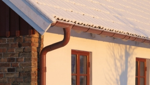 Okapy v zimě – jak se vyhnout poškození