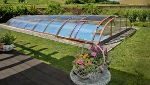 Kdy se na jaře koupat ve svém bazénu?