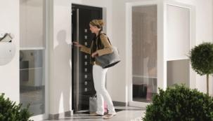 Odemykání dveří přes klávesnici nebo čtečku otisků prstů