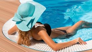 Luxusní přelivový bazén za cenu standardního