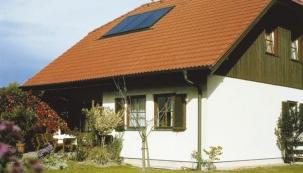 Rekonstrukci střechy spojte s renovací komína