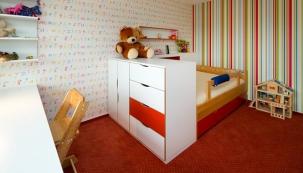Nábytek, podlaha, osvětlení do dětského pokoje
