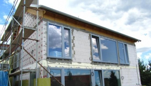 Kombinovaný izolant pro úsporné domy