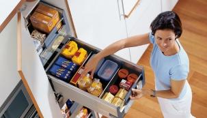 Ukládáme nádobí a potraviny