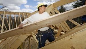 Tesařina prověří zručnost lidí pracujících se dřevem. Plným právem se oní mluví jako omistrovském řemesle.