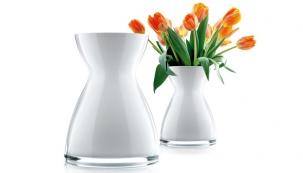 Váza Florentine (Eva Solo), sklo, výška 20 a 26 cm, cena od 1 457 Kč, www.kulina.cz