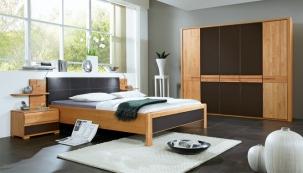 Rám postele Ronda, dekor olše, částečný masiv, 180 x 200 cm, cena 10 990 Kč, www.kika.cz
