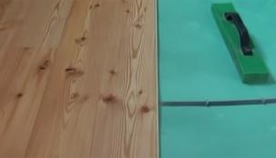 VIDEO: Pokládka masivní dřevěné podlahy II