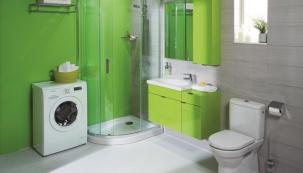 Pračka a nábytek v koupelně