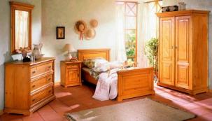 Nábytková řada Victoria, smrk, ceny: komoda 15 489 Kč, postel 10 651 Kč, www.starajizba.cz