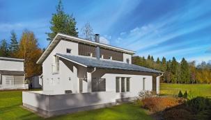 Díky povrchové úpravě jsou plechové střechy (zde Lindab SRP Click) odolné vůči mechanickému poškození anavíc jsou schopny výborně čelit vnějším vlivům, jako jsou UV záření, extrémní teploty či znečištění ovzduší.