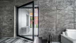 Šedá okna pro moderní a luxusní vzhled