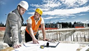 Hasiči na stavbě v roli preventistů