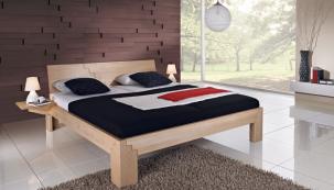Postel LUCY zmasivního buku, dubu nebo ořechu se vyrábí vněkolika provedeních, buď  jako jednolůžko (šíře 90, 100 cm), jako dvojlůžko (160, 180 a200 cm), nebo všířce 140cm. Můžete si objednat iprodlouženou délku 210 nebo 220cm. Postel lze vybavit dodatečným úložným prostorem, pevným nebo lamelovým roštem amatrací dle vlastního výběru (JMP).