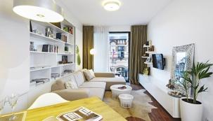 Tvořila jsem interiér jen pro sebe, podle svých představ. Miluji bílou barvu, proto převládá a je kombinovaná s dřevem, říká majitelka.