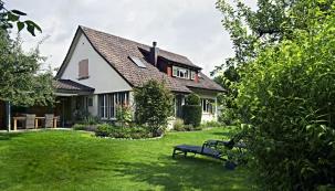 Manželé našli kouzelný dům ve švýcarském Solothurnu, kam si převezli velký kus Čech.