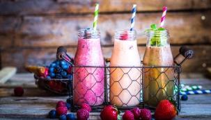 Vlastnoručně připravené čerstvé ovocné nebo zeleninové šťávy bez konzervačních přípravků, cukru, barviv a jiných aditiv jsou čím dál tím oblíbenější.