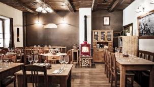 Ne náhodou se jako první restaurace vČeské republice stala členem celosvětového hnutí Slow Food, které bylo založeno jako protiklad fast foodu.
