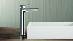 Kolekce TESI nabízí nejrůznější možnosti a varianty řešení jak pro klasické rodinné koupelny, tak pro samostatné toalety nebo menší koupelny k ložnicím apod. (Ideal Standard)