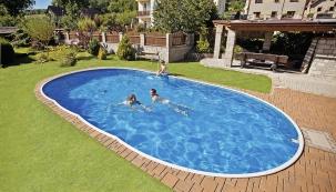 Ne náhodou se říká, že bazén dělá krásným jeho okolí (MOUNTFIELD)
