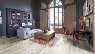Dřevěná podlaha KÄHRS, kolekce Domani, dekor Javor kanadský Nebbia, prodává KPP