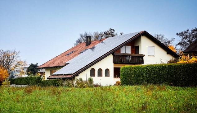 Jak připojím solární panely k mému domu