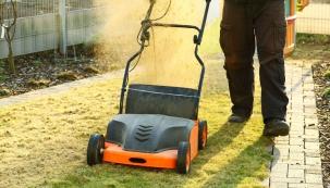 Aby byl váš trávník po zimě v dobré kondici, je třeba věnovat mu správnou péči. K dobrému výsledku pomohou vertikutátory.
