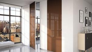 Skladba aprovedení podlahy vinteriéru ovlivňuje kvalitu bydlení ivaše peněženky. Bez tohoto gruntu zároveň nelze instalovat dveře abez dveří nelze dokončit stavbu.