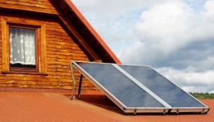 Kmání je pestrý sortiment solárních zařízení, jistou nevýhodou je jen jejich relativně vysoká cena apřece jen určitá závislost na zdroji energie. Provoz fototermických systémů je sezonní – při dodržení určitých požadavků (např. orientace střechy) kolektory vzimě vyrobí asi 20%, vlétě pak až 80% tepla potřebného pro domácnost. Neobejdete se tedy bez dalšího zdroje energie (nejčastěji to bývá jiný alternativní zdroj nebo elektrokotel)