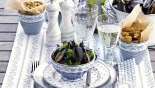 O středomořské kuchyni se tvrdí, že je zdravá, a ví se o ní, že je chutná, pestrá a v podstatě jednoduchá. Základem jsou kvalitní a čerstvé ryby, mořské plody, olivový olej, zelenina a bylinky vypěstované pod jižním sluncem.