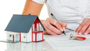 """Kdo se chystá postavit dům či rekonstruovat starší nebo nevyhovující nemovitost a není přitom sám """"stavařem"""" nebo technicky zručným a nadaným jedincem, je zcela odkázán na podporu a pomoc stavebních firem. Prakticky to znamená, že se provede malé výběrové řízení, kterého se zpravidla zúčastní stavební firmy, na které jste většinou získali kontakt prostřednictvím svých známých a které jsou již prověřené."""