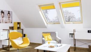 Dřevěné střešní okno Fakro FTT U8 Thermo je osazeno izolačním čtyřsklem a představuje nejúspornější střešní okno na našem trhu. Dosahuje hodnoty prostupu tepla  Uw = 0,58 W/m2K