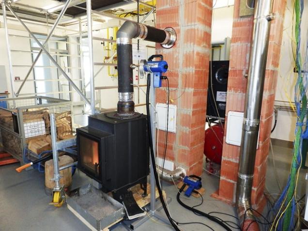 Test komínového systému se spotřebičem o výkonu 30 kW (HELUZ)