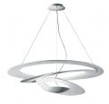 V jejich stylu: Ikonické svítidlo Pirce odArtemide, design Giuseppe Maurizio Scutellà, www.rajsvitidel.cz