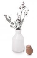 V jejich stylu: Skleněná láhev skorkovou zátkou Gradient, Ø 12,5cm, výška 28cm, design Markéta Držmíšková, www.deelive.cz