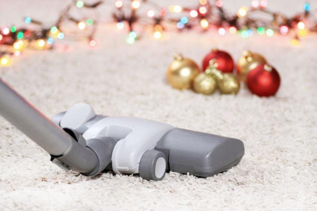 Uklízení kživotu prostě patří anikdo se mu nevyhne. Zahrnuje mnoho drobných činností, které děláme denně, alečas odčasu musíme uklidit důkladně. Třeba právě před Vánoci.