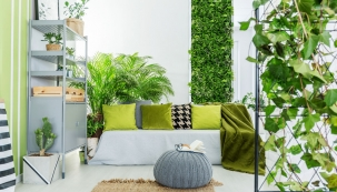 Greenery je svěží a energií sršící žlutozelený odstín, který evokuje první jarní dny, znovuzrození a neuvěřitelnou regenerativní schopnost přírody.