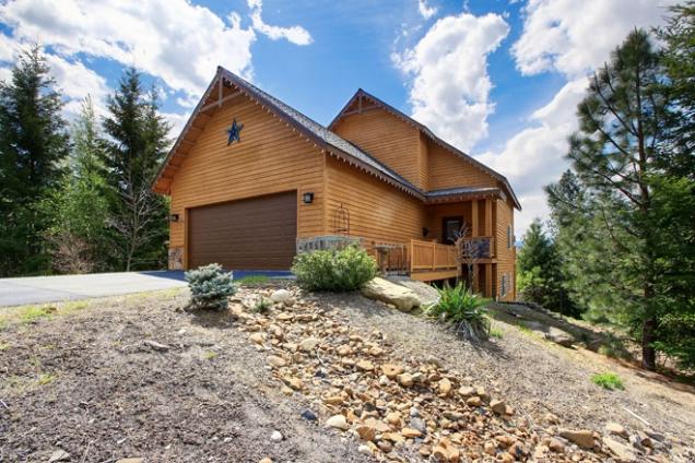 Zděný dům, nebo dřevostavbu? Volba stavebního materiálu není snadná záležitost, neboť obě strany disponují nepřehlédnutelnými argumenty pro i proti.
