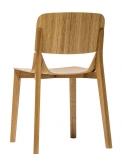 Ve stylu návrhu: Židle Leaf, sedák aopěrka zlisované překližky, konstrukce zohýbaného masivního dřeva, kdispozici také čalouněná varianta, www.ton.eu