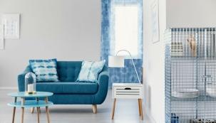 Modrá je barvou klidu, uvolnění, relaxace, ale také komunikace a kreativity. Umí interiér ochladit, ale také mu dodat jistou dávku svěžesti. Vyberte si svůj odstín…