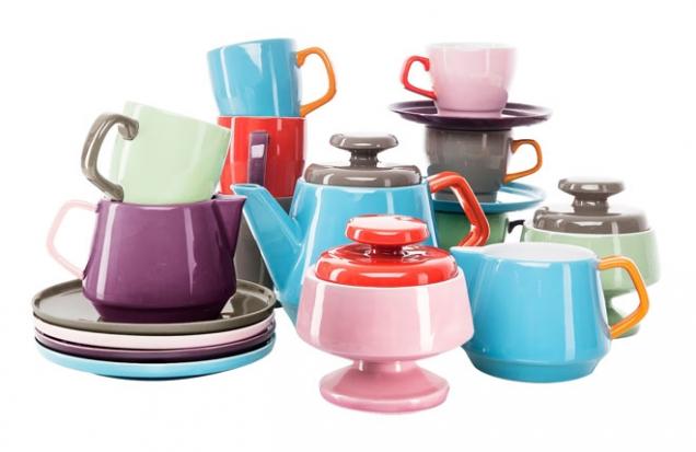 Kolekce snídaňového porcelánu Pop, lze koupit ijednotlivě, design Ann-Carin Wiktorsson, Sagaform, cena od395Kč, www.bonami.cz