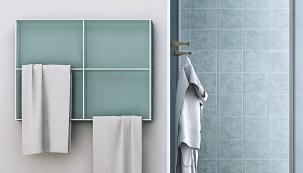 Radiátor Light (Scirocco) tvoří deska s konstrukcí  z ocelových trubek pro sušení ručníků. Rozměry 79,7 × 59,7cm; více na www.sciroccoh.it