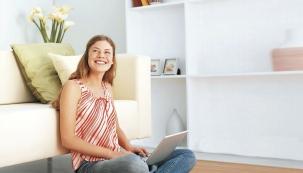 Podlahové elektrické topení, ikdyž vnízkoteplotní variantě, bude inadále jednou zvelmi praktických variant při dotápění vpasivním domě (FENIX)