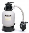 8.Písková filtrace Hayward 5 m3/h zaručuje bezproblémové filtrování vody v bazénu do objemu 25 m3. Součástí je čerpadlo i manometr. Výrobce: Mountfield, cena:7 990Kč, www.mountfield.cz
