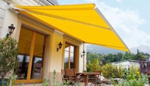Kvalitní zastínění vaší terasy nebo balkonu vám pomůže předcházet situacím, kdy pohodu na čerstvém vzduchu přeruší rozmary počasí.