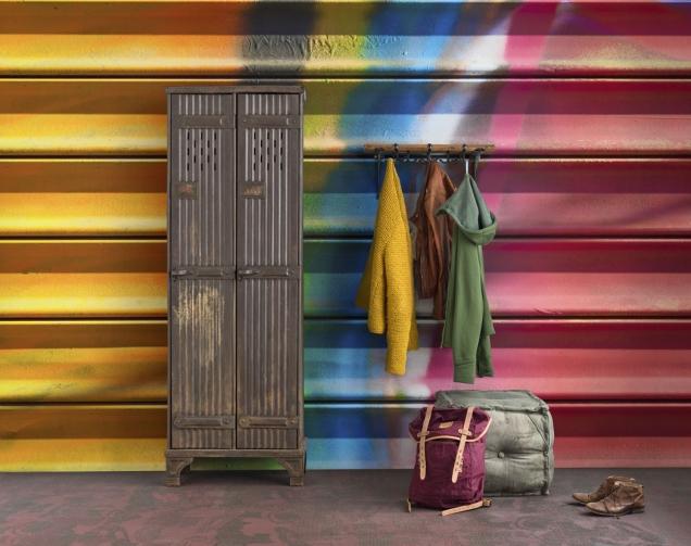 6. Vliesová tapeta Colorfully Closed z kolekce Underground, 405 x 265cm, Mr Perswall, cena 8 167Kč, www.design-shop.cz