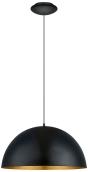 V jejich stylu: Závěsná lampa Gaetano 1 s ocelovým stínítkem, průměr 53 cm, max. výkon 60 W, cena 3 590 Kč, www.hornbach.cz